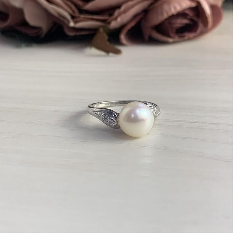 Серебряное кольцо SilverBreeze с натуральным жемчугом (2006442) 16.5 размер