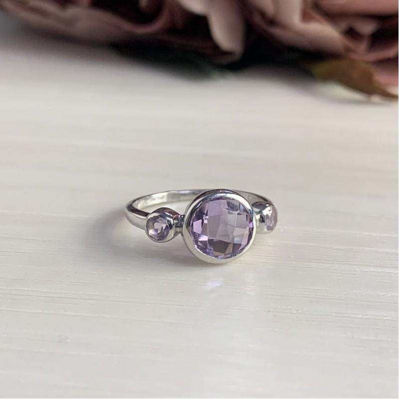 Серебряное кольцо SilverBreeze с натуральным аметистом (2007487) 17.5 размер