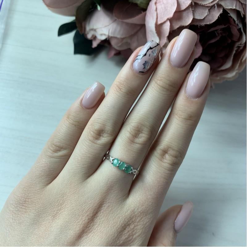 Серебряное кольцо SilverBreeze с натуральным изумрудом (2021650) 17.5 размер