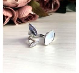 Серебряное кольцо SilverBreeze с натуральным перламутром (2031468) 18 размер