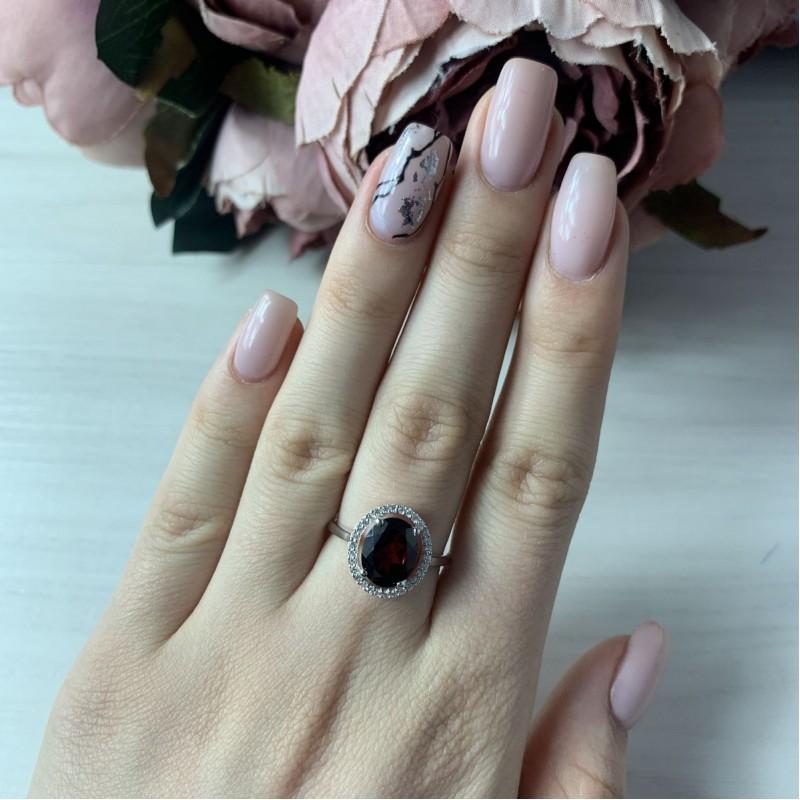 Серебряное кольцо SilverBreeze с натуральным гранатом (2035015) 17 размер