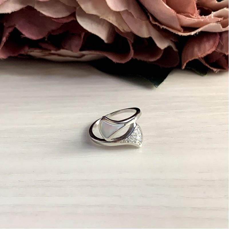 Серебряное кольцо SilverBreeze с натуральным перламутром (2038221) 16 размер