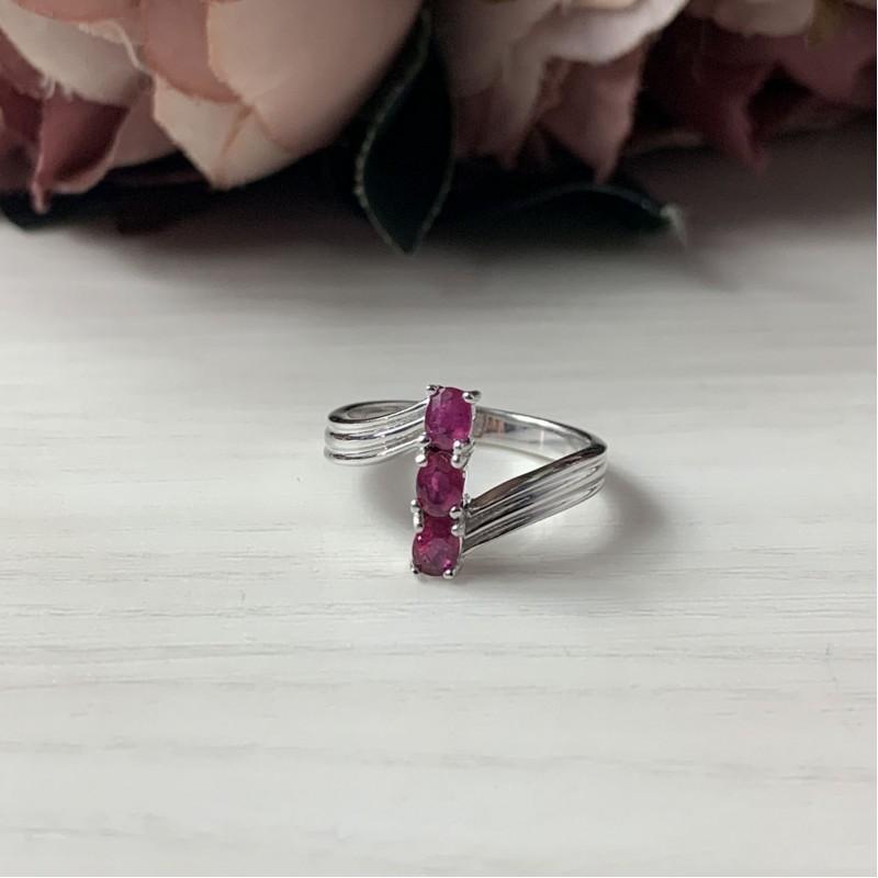 Серебряное кольцо SilverBreeze с натуральным рубином (2041047) 17.5 размер