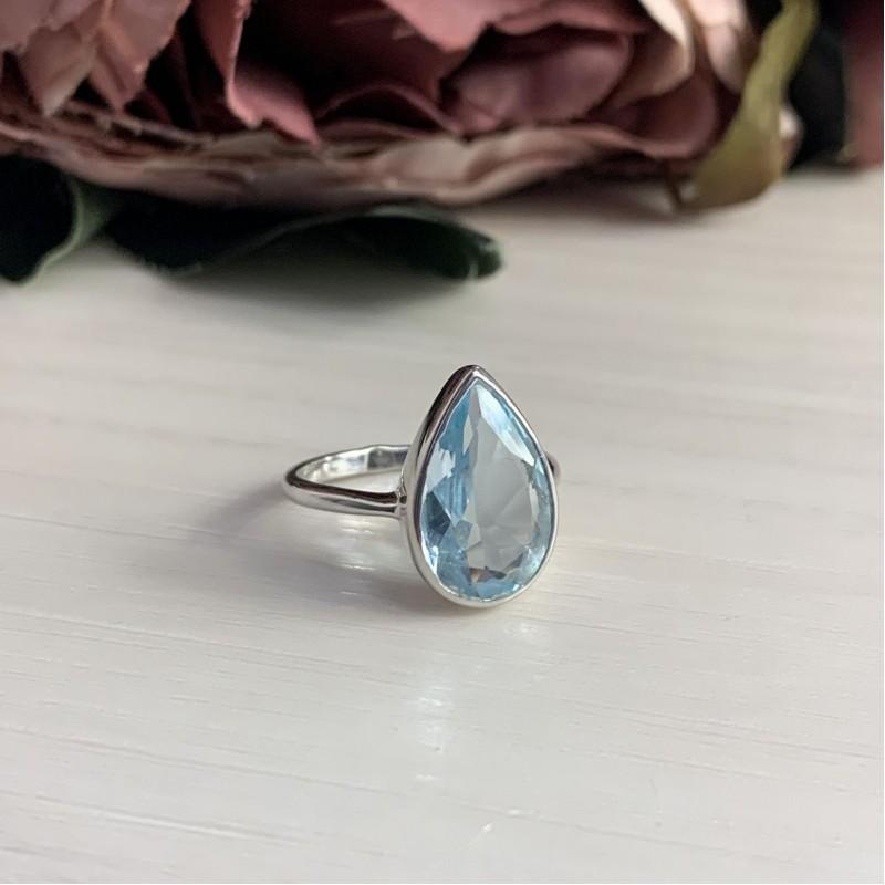 Серебряное кольцо SilverBreeze с натуральным топазом (2043942) 17 размер