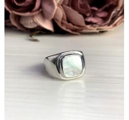 Серебряное кольцо SilverBreeze с натуральным перламутром (2046844) 18 размер