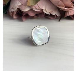 Серебряное кольцо SilverBreeze с натуральным перламутром (2041672) 17 размер