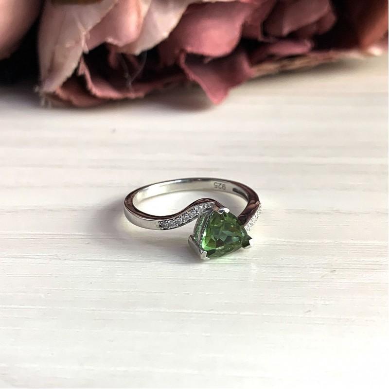 Серебряное кольцо SilverBreeze с Султанит султанитом (2025962) 18.5 размер