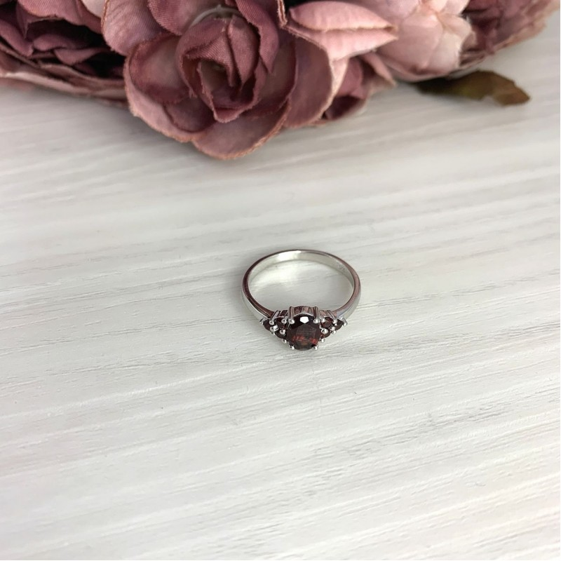 Серебряное кольцо SilverBreeze с натуральным гранатом 1.167ct (2075301) 18.5 размер