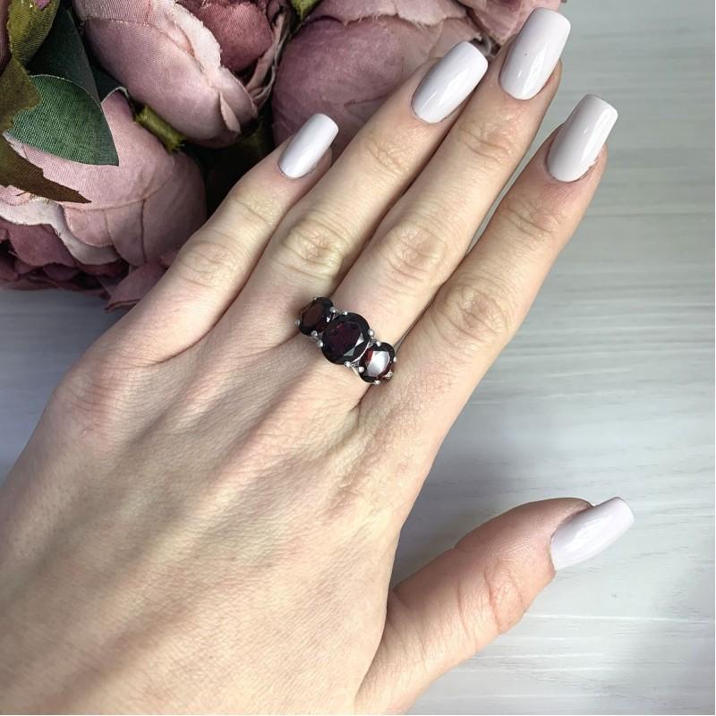Серебряное кольцо SilverBreeze с натуральным гранатом 4.805ct (2074946) 17.5 размер