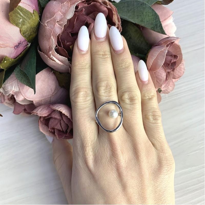 Серебряное кольцо SilverBreeze с натуральным жемчугом (2069096) 18 размер