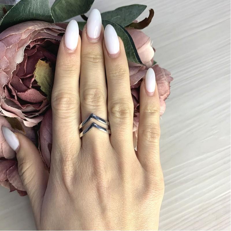 Серебряное кольцо SilverBreeze без камней (2067832) 17 размер