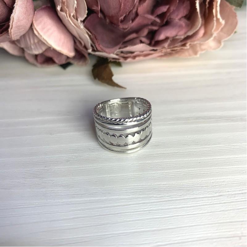 Серебряное кольцо SilverBreeze без камней (2066538) 17.5 размер