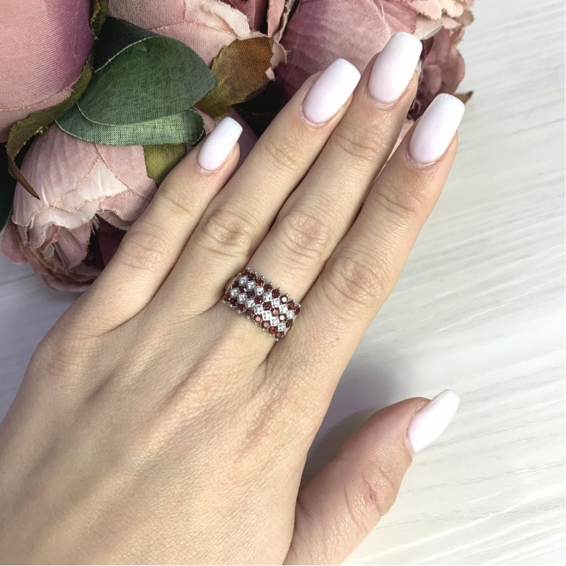 Серебряное кольцо SilverBreeze с натуральным гранатом 1.306ct (2061397) 17.5 размер