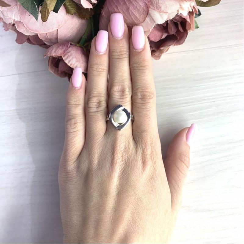 Серебряное кольцо SilverBreeze с натуральным жемчугом (2055402) 18 размер