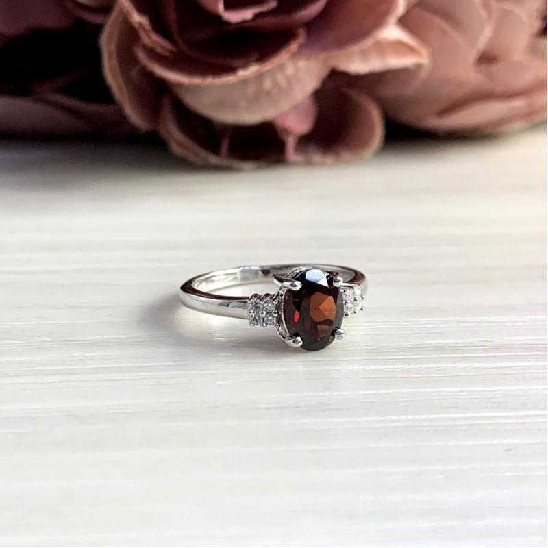 Серебряное кольцо SilverBreeze с натуральным гранатом 1.45ct (2051664) 16.5 размер