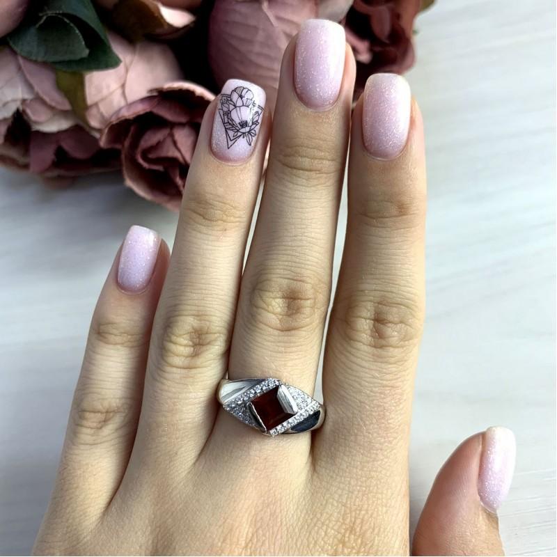 Серебряное кольцо SilverBreeze с натуральным гранатом 1.29ct (2051602) 18.5 размер