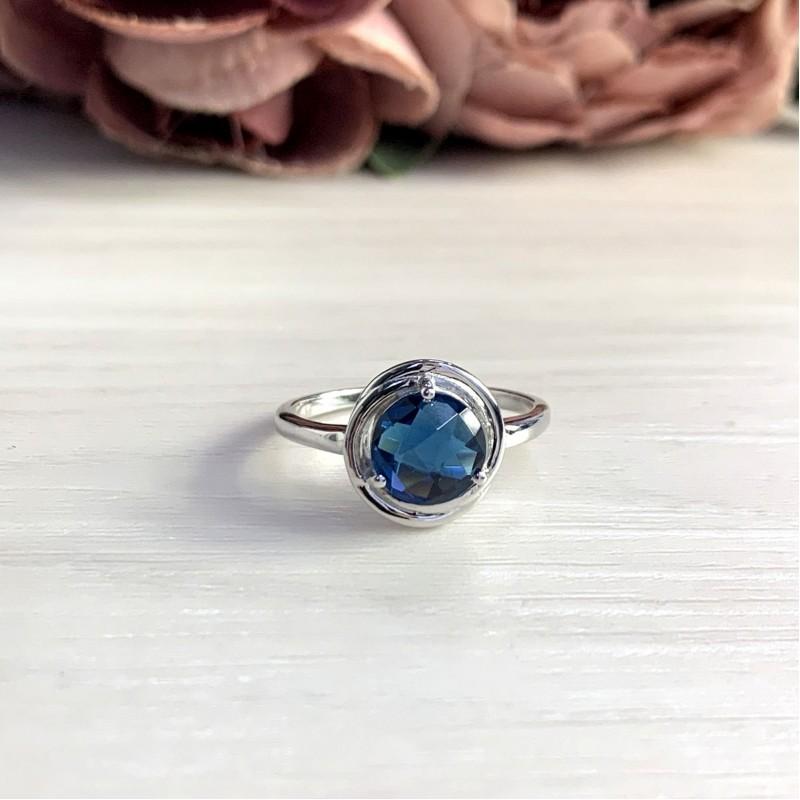 Серебряное кольцо SilverBreeze с натуральным топазом Лондон Блю 1.525ct (2049043) 18 размер