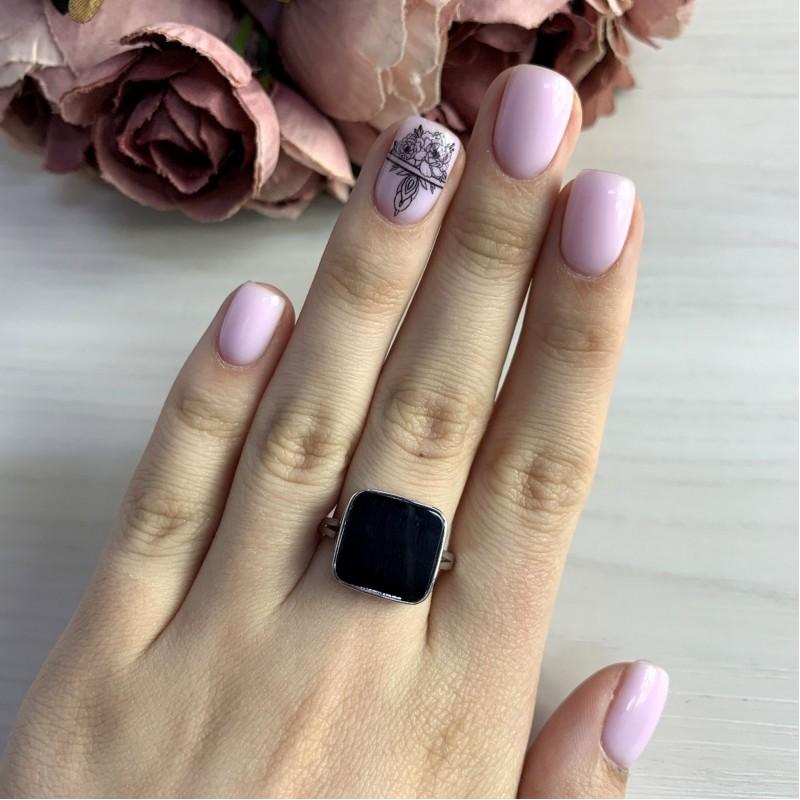 Серебряное кольцо SilverBreeze с натуральным ониксом (2044482) 17.5 размер