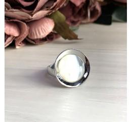 Серебряное кольцо SilverBreeze с натуральным перламутром (2031529) 17 размер