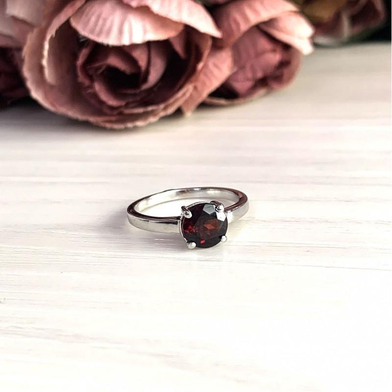 Серебряное кольцо SilverBreeze с натуральным гранатом 1.38ct (2024576) 17 размер