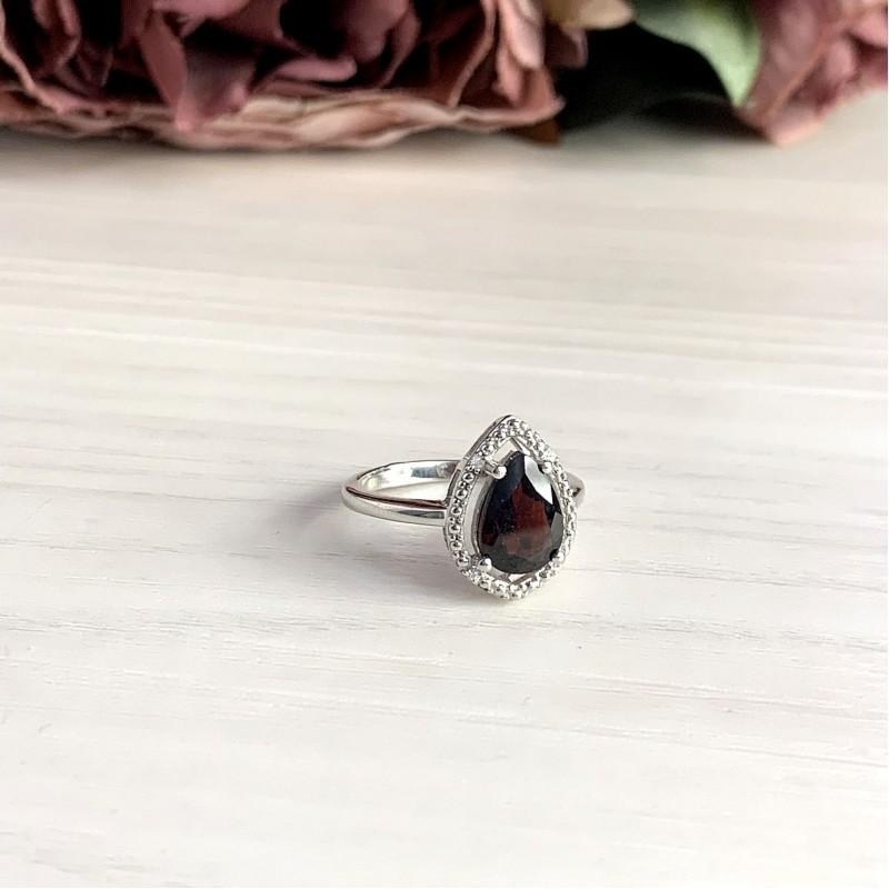 Серебряное кольцо SilverBreeze с натуральным гранатом (1995211) 18.5 размер