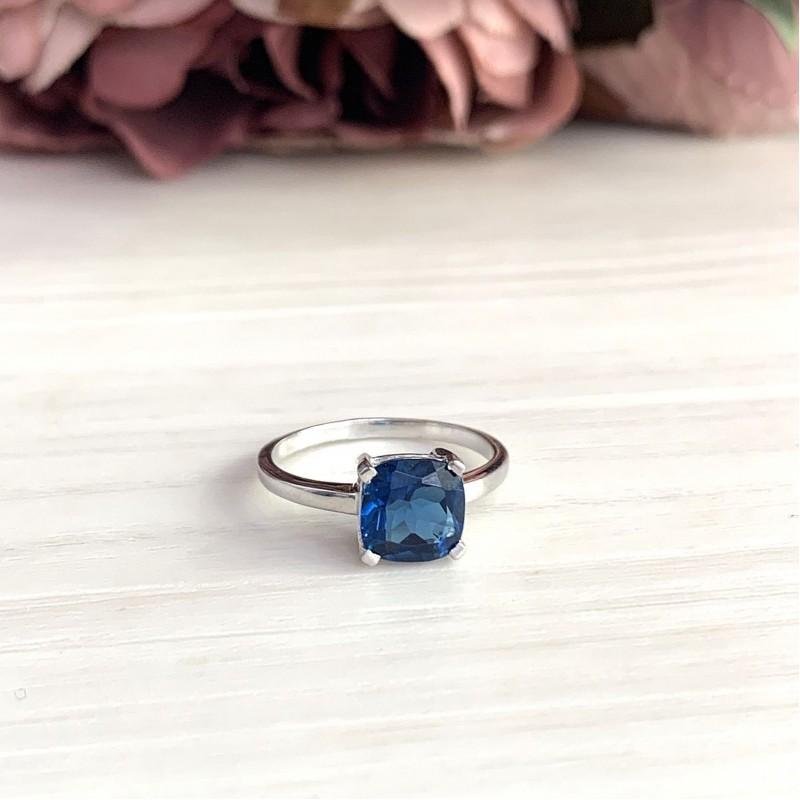 Серебряное кольцо SilverBreeze с натуральным топазом Лондон Блю 1.775ct (1970577) 17 размер