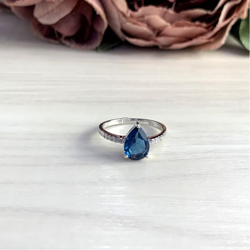 Серебряное кольцо SilverBreeze с натуральным топазом Лондон Блю (1929575) 18 размер