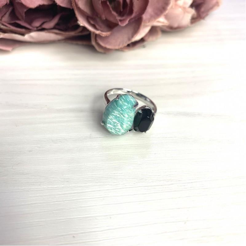 Серебряное кольцо SilverBreeze с натуральным амазонитом 8.5ct, ониксом (2069690) 18.5 размер